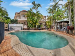 Cossies by the Sea - Accommodation Burleigh