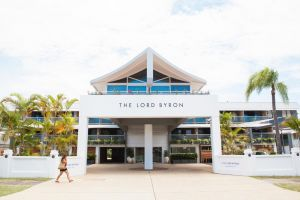 The Lord Byron - Accommodation Burleigh