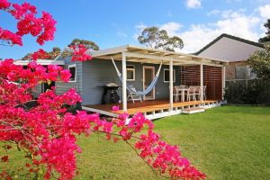 Hayes Beach House - Jervis Bay - Pet Friendly - Accommodation Burleigh