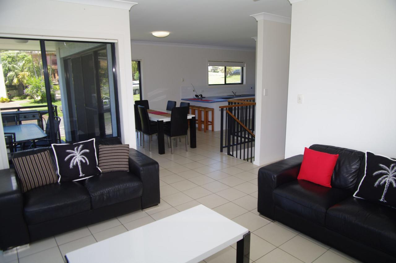 Breakaway 11 Scott Street - Accommodation Burleigh