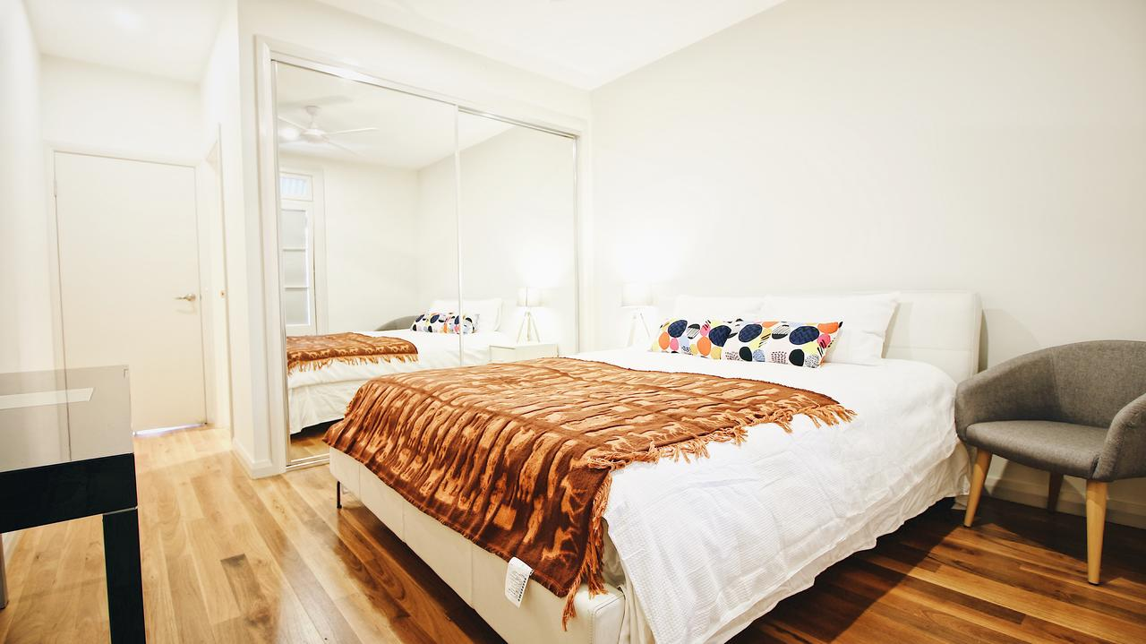 Cozy 5 Bed House in Sydney - Accommodation Burleigh