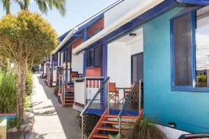 Clubyamba Beach Holiday Accommodation - Adults Only - Accommodation Burleigh