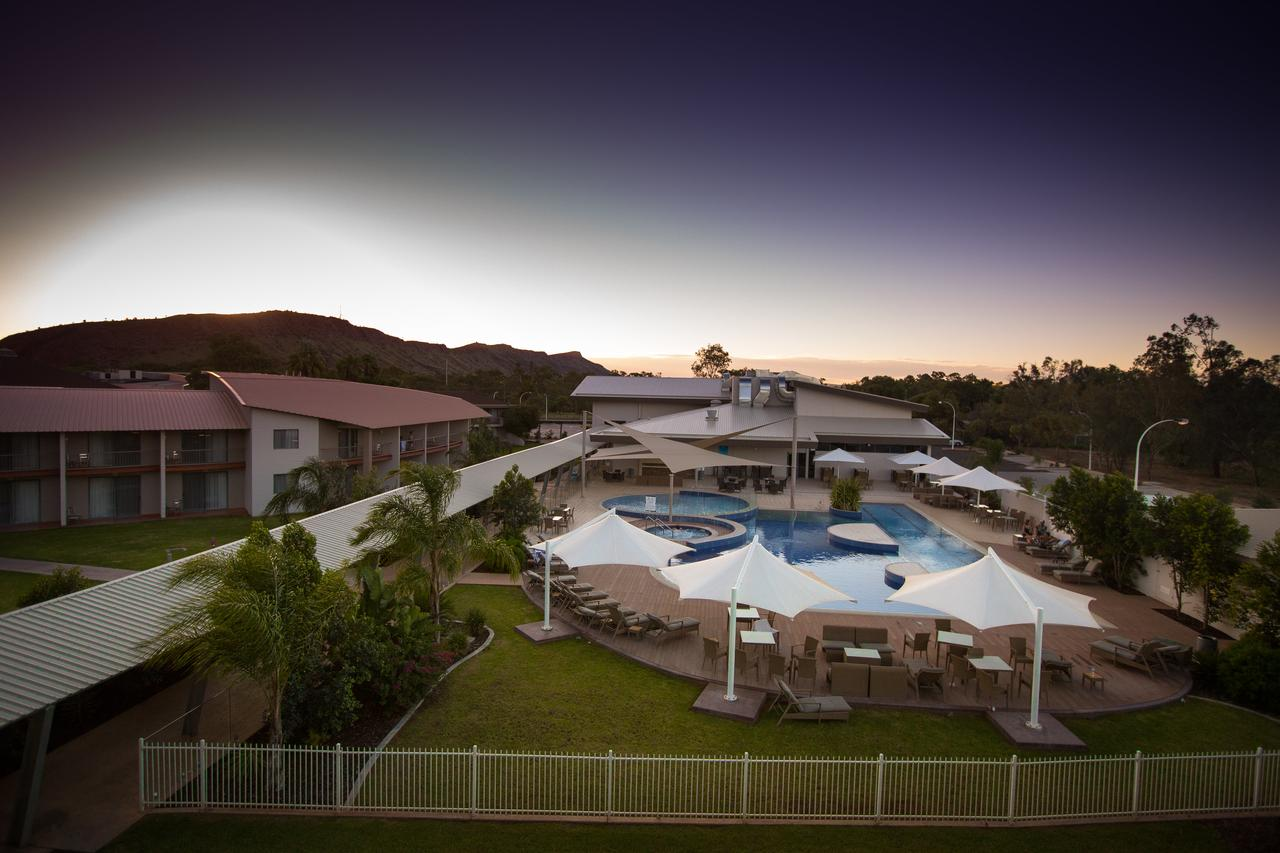 Crowne Plaza Alice Springs Lasseters - Accommodation Burleigh
