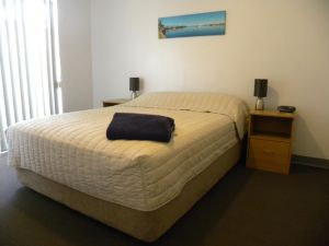 Carnarvon Central Apartments - Accommodation Burleigh