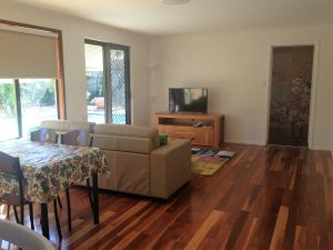 Lemon Tree Lodge - Accommodation Burleigh