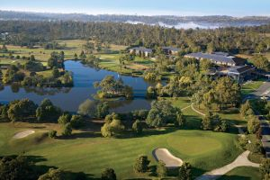 Country Club Tasmania - Accommodation Burleigh