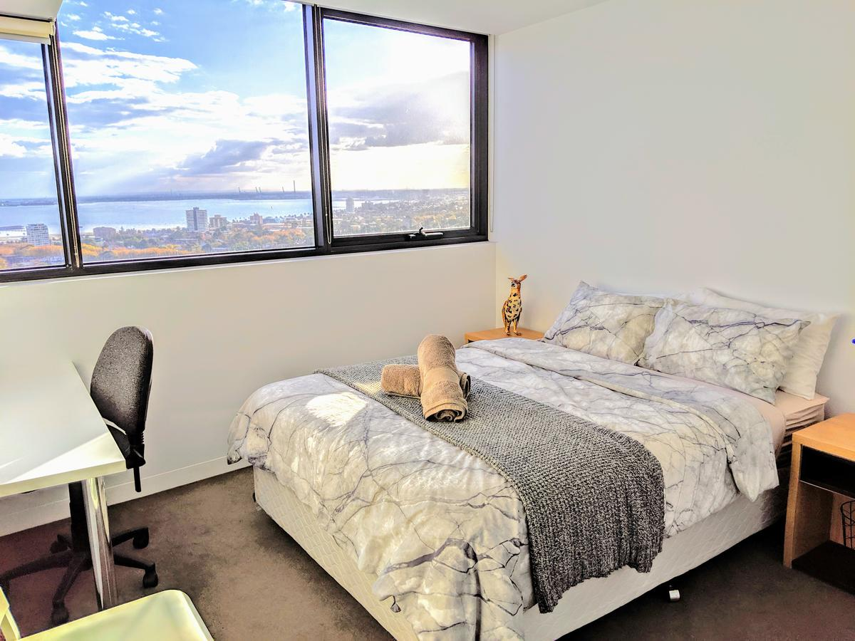 Homestay Ocean View with Gym Sauna - Accommodation Burleigh