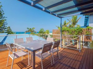 Angourie Blue 4 - close to surfing beaches and national park - Accommodation Burleigh