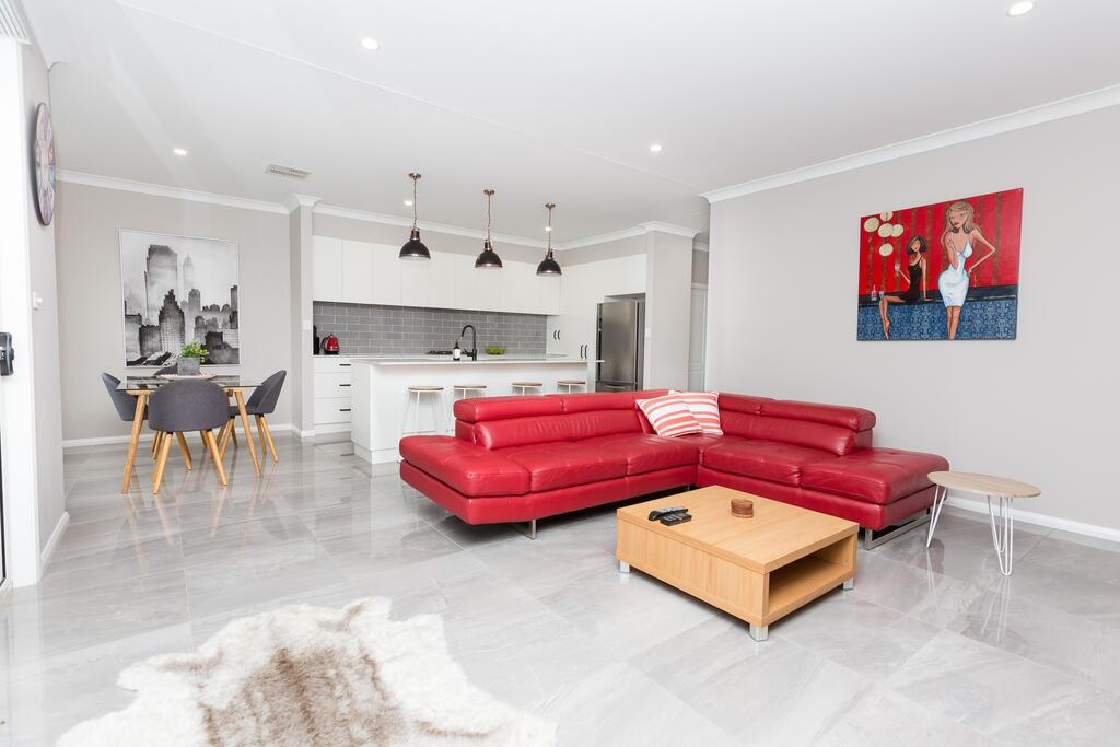 Best Central Wagga Townhouse - Accommodation Burleigh
